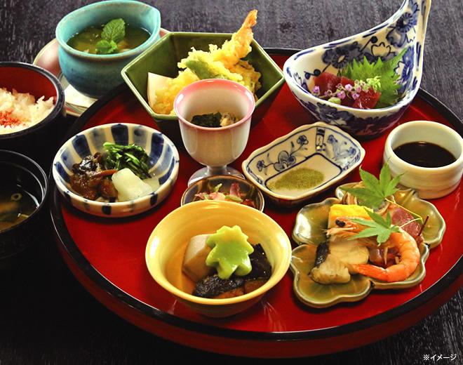 カフェレストラン「Villabli Garden Cafe」/ 高原ロッジ メープル猪名川